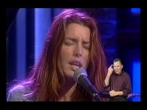 Dana Glover performing Thinking Over on British TV.
