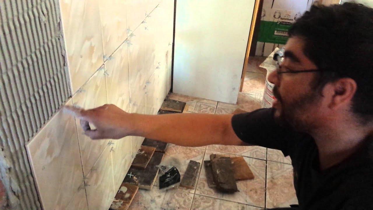 Como pegar ceramica usted mismo en ladrillo prince youtube Como colocar ceramica en pared
