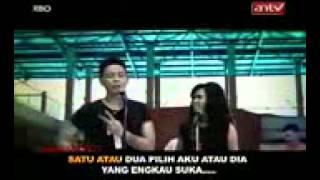 Gamma Band    1 Atau 2 Video Klip Dengan Lirik