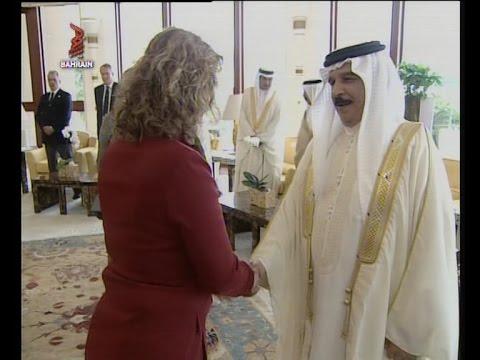 EXPATRIATE COMMUNITY MEETS H.M. KING HAMAD BAHRAIN 2011