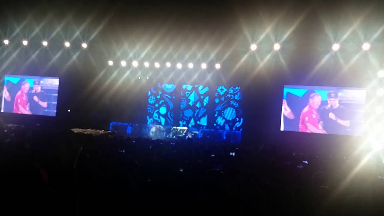 Harry the Human Chair OTRATMNL Day 2