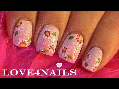 Como Pintar Flores Sencillas En Sus Unas Youtube