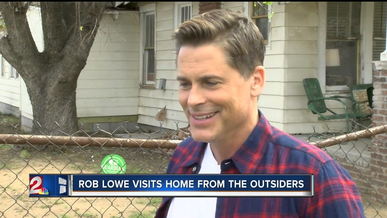 Rob Lowe stops by The Outsiders House