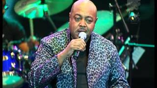 Peabo Bryson - By The Time This Night Is Over Live at Java Jazz Festival 2009