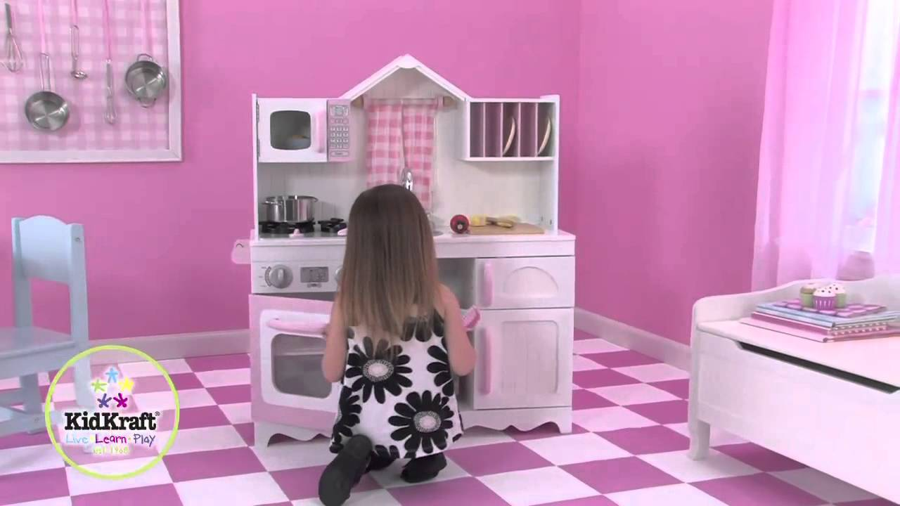 cuisine pour enfant country blanche et rose en bois kidkraft youtube. Black Bedroom Furniture Sets. Home Design Ideas
