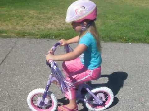 fc9ce5d35921de 3 Year Old Girl Rides Bike! Started On A Strider Around 2. - YouTube