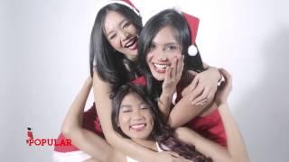 Jingle Bells   POPULAR Foxy Ladies