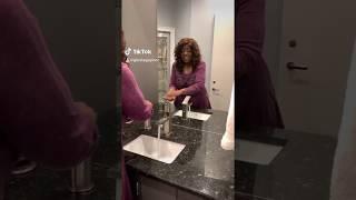 Gloria Gaynor #WashYourHands #IWillSurviveChallenge on TikTok