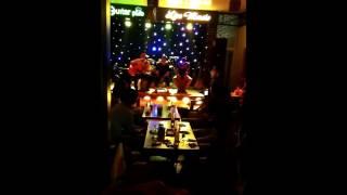 Liên khúc các bài của Ưng Hoàng Phúc - F_band x-factor tại Guitar Pub Cẩm Phả