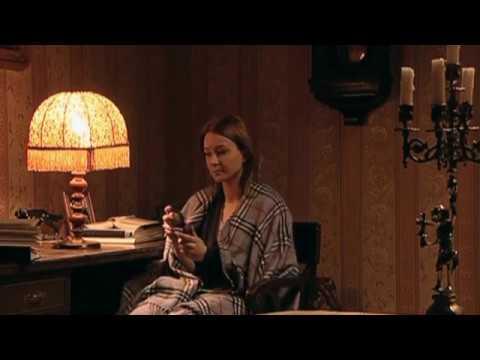 Анастасия Панина в клипе Дождь стучит в окно / The Rain Knocks On The Window