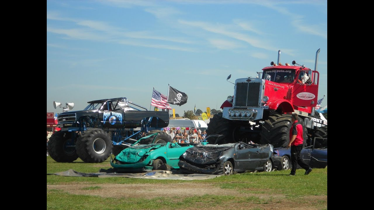 Monster Truck Car Crush At The Essex Country Show Youtube