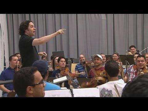 Уникальный оркестр и его маэстро - Musica