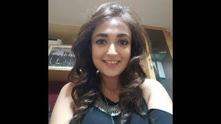 Monali Thakur singing her item song without music - Aga Bai