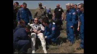 Expedition 47 Crew Lands Safely in Kazakhstan