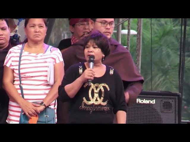 Mother of teenaged victim of drug war calls for Duterte's resignation