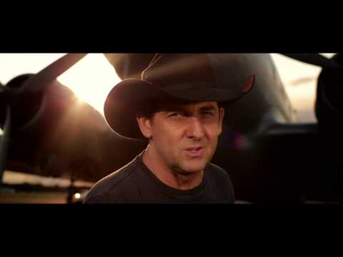 Lee Kernaghan - Flying With The King (Official Music Video)   ** Slim Dusty Tribute **