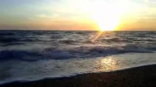 Юрий Антонов - Море... Море... VIDEO HD(Море... как много в этом слове. Море...дай разгуляться воле. Море -- и никого вокруг. Лишь слышен сердца стук...., 2013-05-13T17:57:33.000Z)