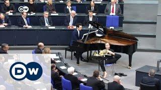البرلمان الألماني يستذكر ضحايا النازية | الأخبار
