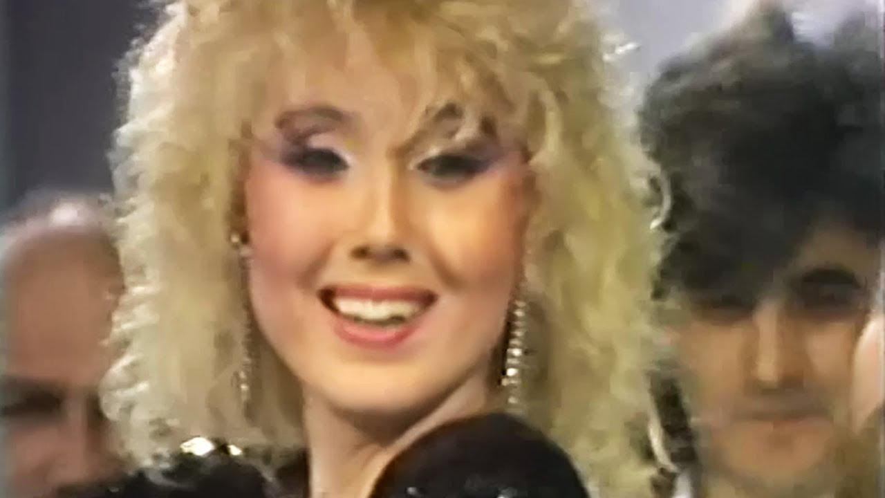 Lepa Brena - Moja Roso - Beogradska hronika - (RTS 1987)