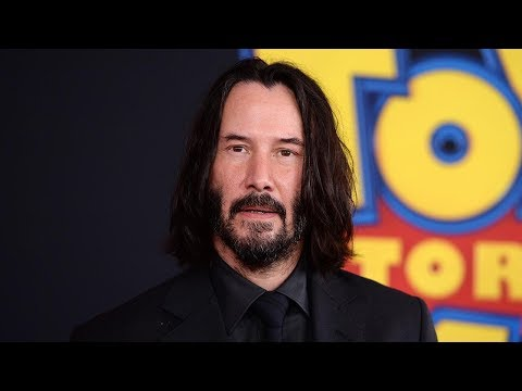 Keanu Reeves SURPRISES Fans While Filming Bill & Ted Face the