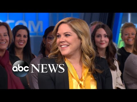 Mary McCormack dishes on 'The Kids Are Alright'