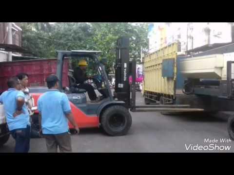 0813 1410 4913 / Sewa Rental Forklift Bogor