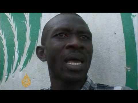 Rival political groups clash in Sierra Leone - 17 Mar 09