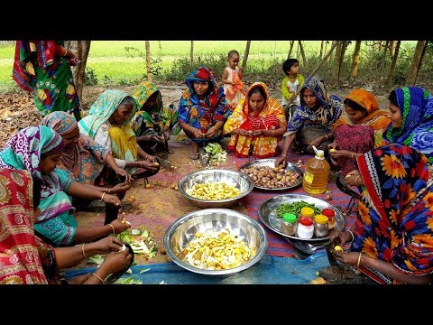 Carp Fish & Vegetables Mixed Curry Cooking By Women - Tasty Winter Vegetables & Fish Curry