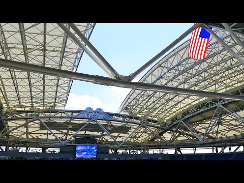 Arthur Ashe Stadium Roof Closing For The First Time at US Open Tennis Tournament 2016
