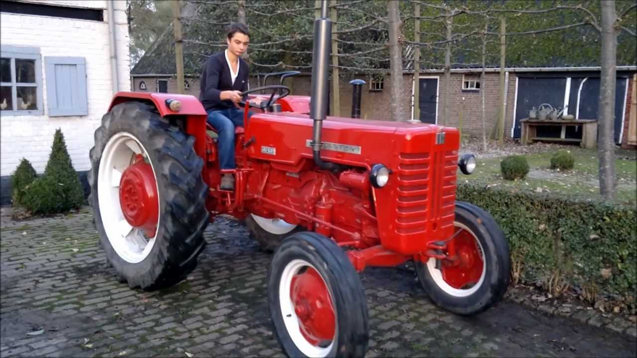 mc cormick d 439 tractor tracteur youtube. Black Bedroom Furniture Sets. Home Design Ideas