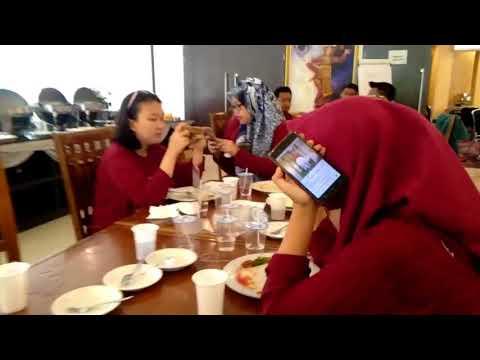 Study Lapangan Jakarta Bandung Kelompok 12