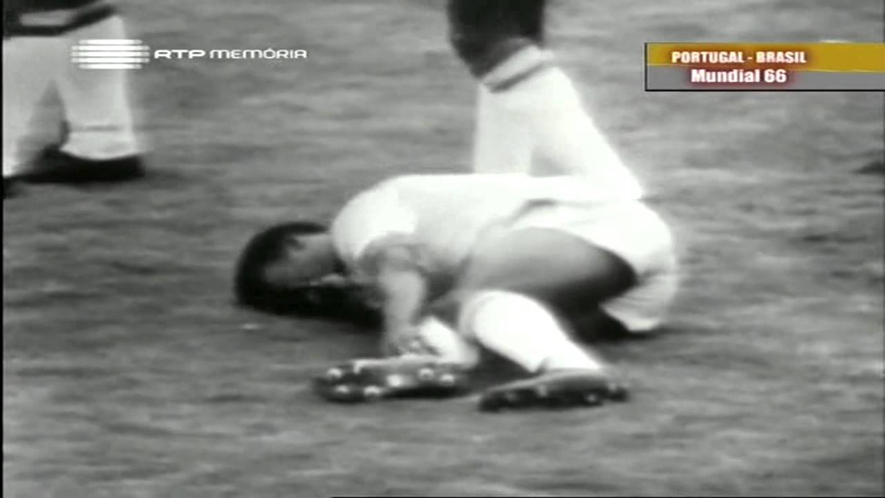 Morais (Sporting) no Portugal - 3 x Brasil - 1 do Mundial 1966