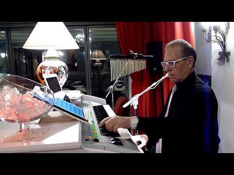 Il Maestro Corrado Perricone in alcune celebri arie di operette