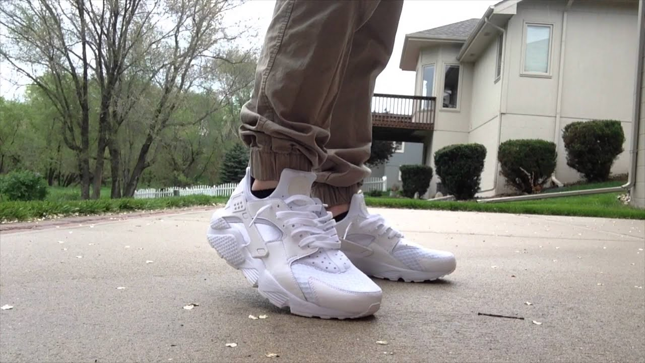 7418c07262ac ... hot nike air huarache pure platinum unboxing and on feet youtube a59af  1541d