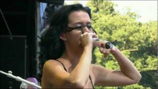 Katy Perry - Hot N Cold Live 2010