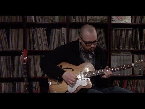 WSZ: Eko Model 100 vintage guitar