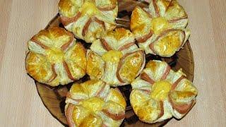 Горячие бутерброды в духовке с колбасой.
