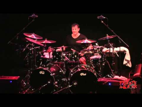 Thomas Lang (Paul Gilbert Band), straordinario drum solo!  TRIESTE IS ROCK 06.04.2013