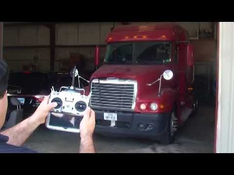 Full remote control 18 wheeler truck accessories test Part 1