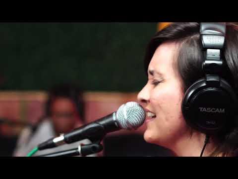 El Blues -  Claudia Ponjuán y la Onda Radioactiva (Guarevel Sesiones)
