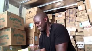Werner Unloading Family Dollar Truck
