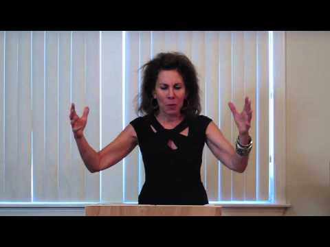 Anne Desalvo Performs her Masterpiece at Vicki Abelson's Women Who Write 73013