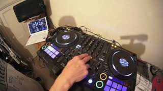 MIX HIP-HOP LIKE THE OLD SCHOOL DAYS EVEN WITH A CONTROLLER AND LAP TOP