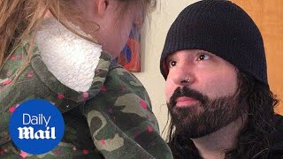 Heartwarming moment dad apologises to daughter angry at him
