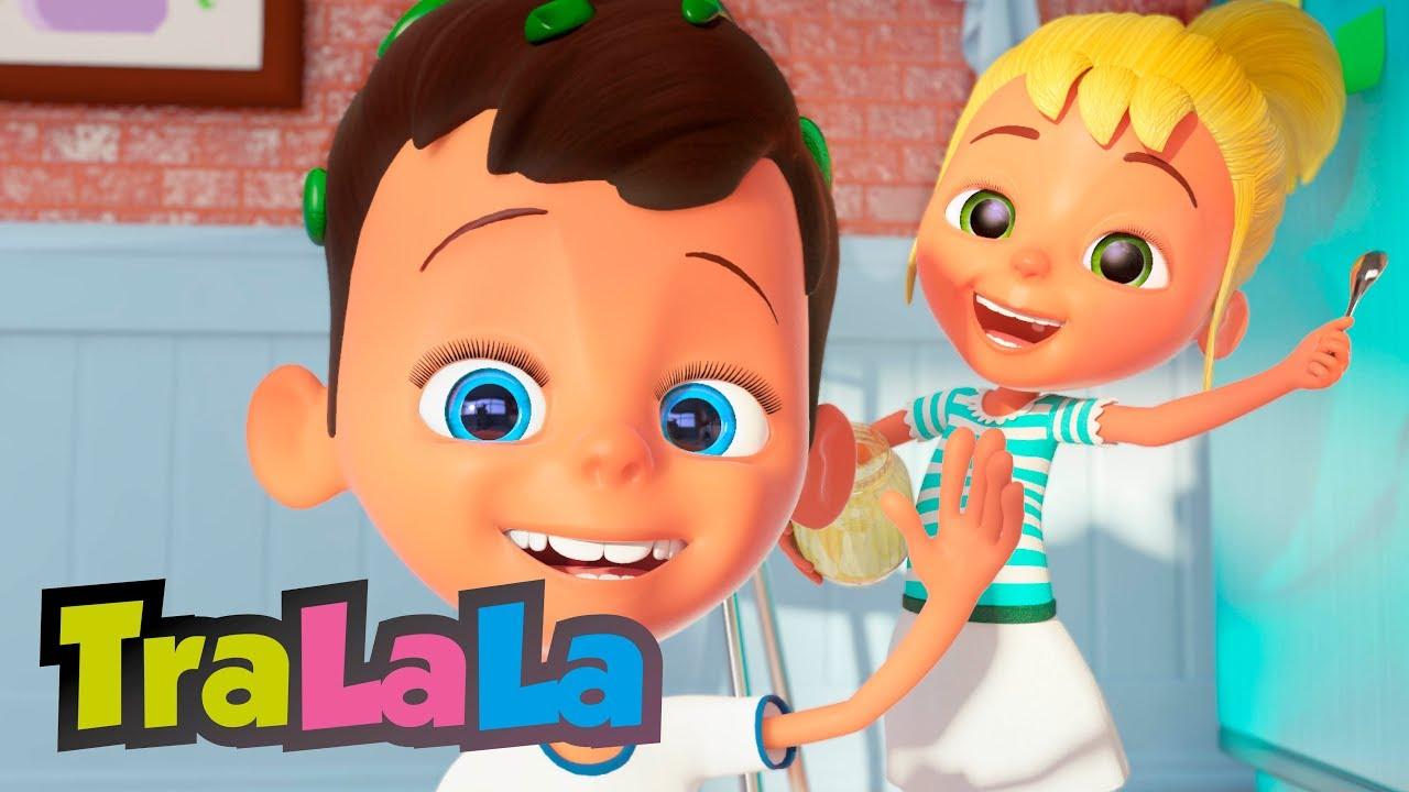 O fetiță și-un băiat - Cântece pentru copii de grădiniță  TraLaLa