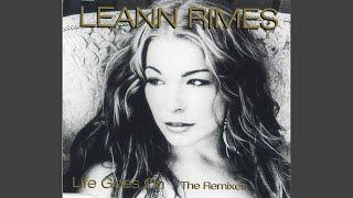 Life Goes On von LeAnn Rimes – laut.de – Song