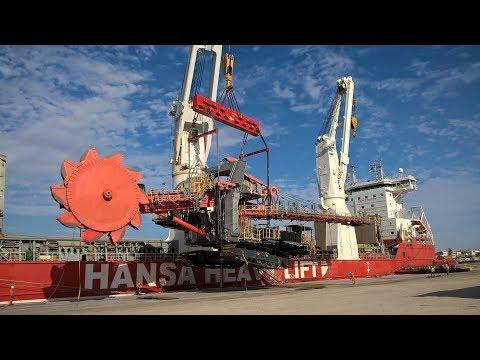 HHL Valparaiso - Transportation of a huge shiploader from Belgium to Angola