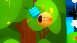 Аркадий Паровозов спешит на помощь - Почему опасно лазить по деревьям - мультфильм детям