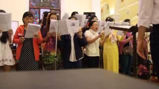 Lên đền Thánh Chúa (Trầm Hương) - Ca đoàn Thánh Gia Tòa TGMSG