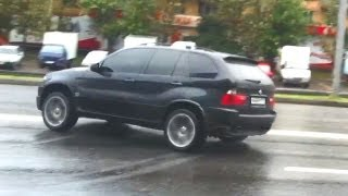 BMW X5 Drift in the City with AWD on wet Road - 2 Cool Drifts